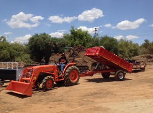 L4100 with loader and trailer