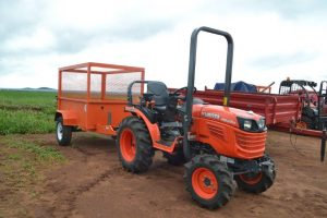 Kubota B2420 with trailer
