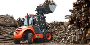 Ausa C250H with Bucket